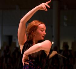 Julie Andkjær Olsen - danza